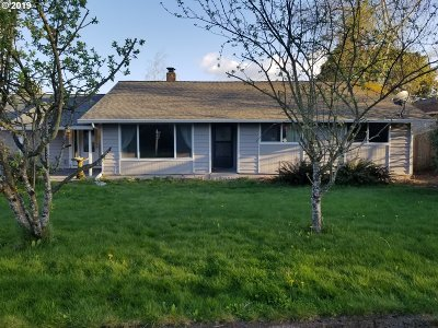 Single Family Home For Sale: 2801 NW 113th St