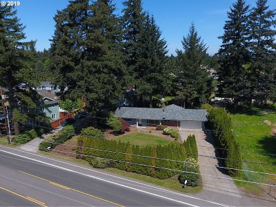 Clackamas County, Multnomah County, Washington County Multi Family Home For Sale: 15793 SE Powell Blvd