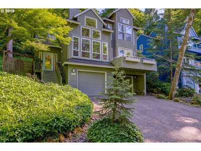 Lake Oswego Single Family Home For Sale: 500 Maple St