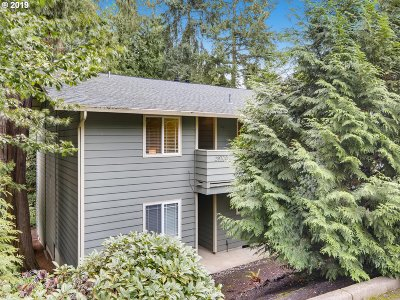 Wilsonville, Canby, Aurora Condo/Townhouse For Sale: 29700 SW Courtside Dr #48