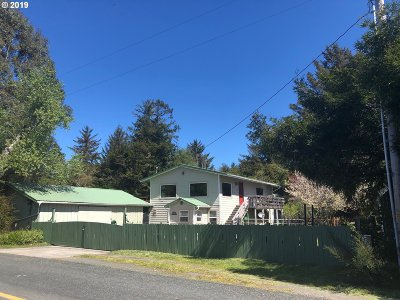 Bandon Single Family Home For Sale: 86781 Lower Fourmile Ln