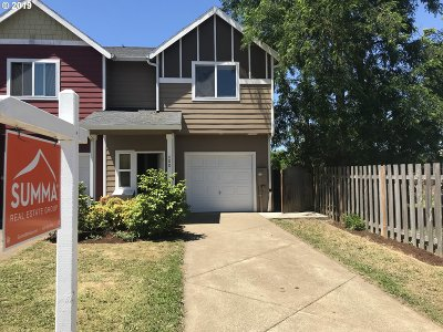 Clackamas County Single Family Home For Sale: 400 Kennel Ave