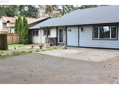Vancouver Multi Family Home For Sale: 8212 NE 162nd Ave