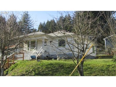 Single Family Home For Auction: 75557 Fern Hill Rd