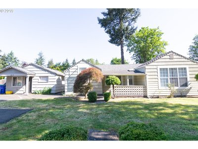 Multi Family Home For Sale: 13715 SE Rhone St