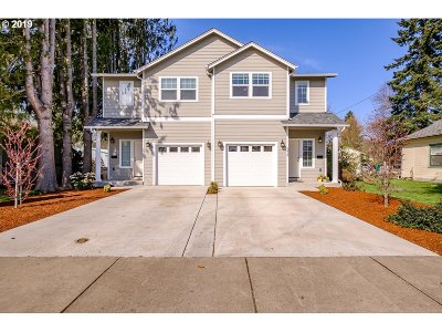 Albany Multi Family Home For Sale: 1419 Santiam Rd