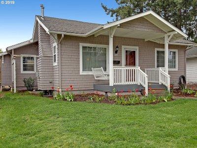 Portland Single Family Home For Sale: 5916 NE Milton St