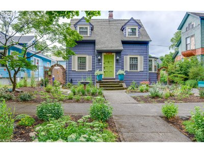 Portland Single Family Home For Sale: 5903 NE Rodney Ave