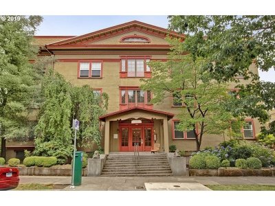 Portland Condo/Townhouse For Sale: 2129 NW Northrup St #10
