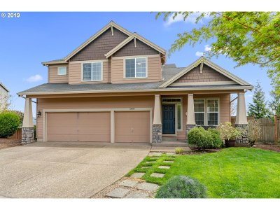 Happy Valley Single Family Home For Sale: 12734 SE Sunrunner Ct