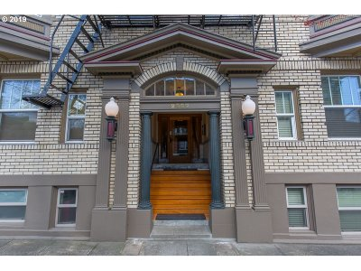 Portland Condo/Townhouse For Sale: 2087 NW Overton St #202