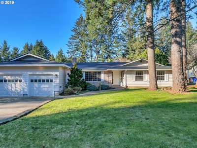 Clackamas County Single Family Home For Sale: 15581 S Lammer Rd