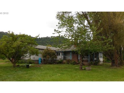 Single Family Home For Sale: 8520 Old Highway 99 South