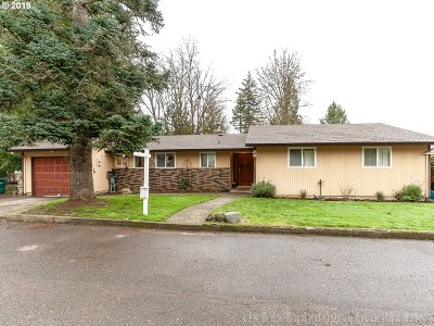 Scappoose Single Family Home For Sale: 53108 NW 12th St
