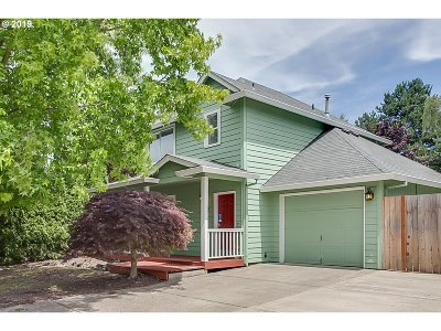 Newberg Single Family Home For Sale: 1002 Mill Pl