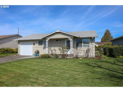 Woodburn Single Family Home For Sale: 1395 Sallal Rd