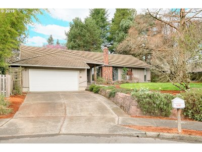 Single Family Home For Sale: 4505 NW Wallowa Ct