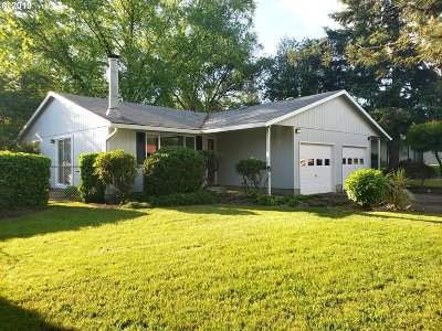 Newberg, Dundee, Lafayette Single Family Home For Sale: 913 Charles St
