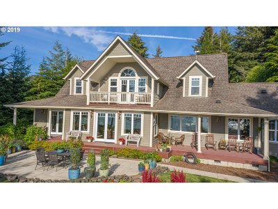 Coos Bay Single Family Home For Sale: 62556 Crown Point Rd