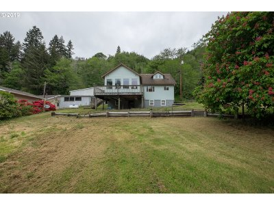 Lincoln City Single Family Home For Sale: 4404 Siletz Hwy