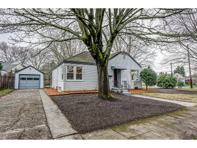 Multnomah County Single Family Home For Sale: 7085 N Cambridge Ave