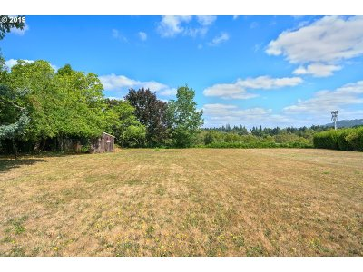 Milwaukie, Gladstone Residential Lots & Land For Sale: SE Lake Rd