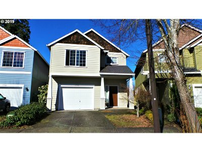 Beaverton Single Family Home For Sale: 17735 SW Falling Leaf Ct
