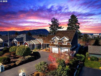 Seaside Single Family Home For Sale: 140 Hilltop Dr