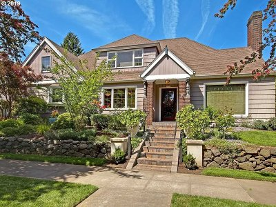Portland Single Family Home For Sale: 1135 NE Stanton St