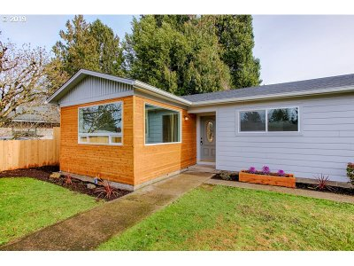 Salem Single Family Home For Sale: 174 45th Ave
