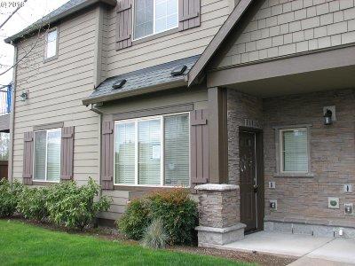 Hillsboro Condo/Townhouse For Sale: 21218 NW Miriam Way