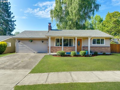 Beaverton Single Family Home For Sale: 11470 SW 11th St