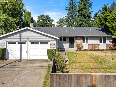 Milwaukie Single Family Home For Sale: 9305 SE 80th Ave