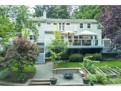 Lake Oswego Single Family Home For Sale: 1604 Country Club Rd