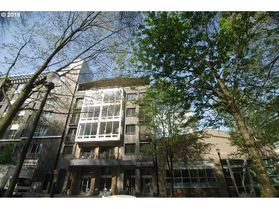 Condo/Townhouse For Sale: 327 NW Park Ave #4C