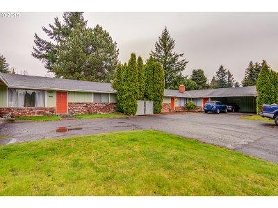Multnomah County Multi Family Home Pending: 15541 E Burnside St