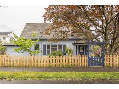 Portland Single Family Home For Sale: 7828 SE 17th Ave