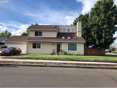 la grande Single Family Home For Sale: 2309 E M Ct