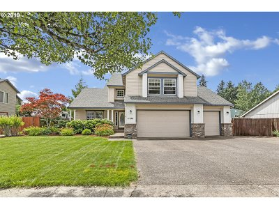 Oregon City Single Family Home For Sale: 11696 Salmonberry Dr