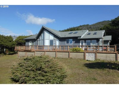 Gold Beach Single Family Home For Sale: 33636 Ophir Rd