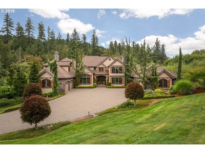 Clackamas County Single Family Home For Sale: 17902 S Hidden Lake Dr