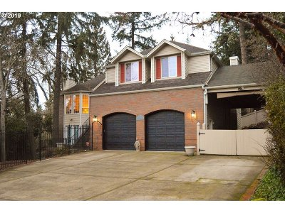 Eugene Single Family Home For Sale: 2535 Park Forest Dr