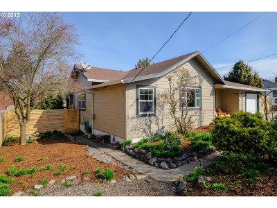 Portland Single Family Home For Sale: 4033 SE Nehalem St