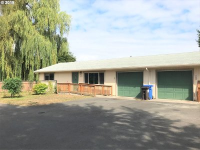 Milwaukie, Gladstone Multi Family Home Pending: 9493 SE 55th Ave