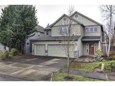 Beaverton Single Family Home For Sale: 770 NW 180th Ave