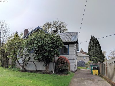 Multnomah County Single Family Home For Sale: 706 SW Taylors Ferry Rd