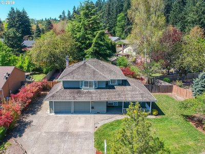 Wilsonville Single Family Home For Sale: 30975 SW Sandy Ct