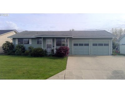 Woodburn Single Family Home Sold: 1378 Hampton Way