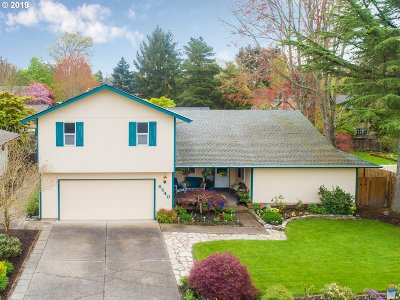 Beaverton Single Family Home For Sale: 8540 SW Indian Hill Ln