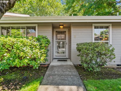 Multnomah County, Clackamas County, Washington County, Yamhill County, Marion County Condo/Townhouse For Sale: 13775 SW Scholls Ferry Rd #7
